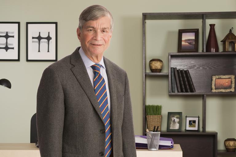 Dorsey & Whitney Trust Company | Ken Cutler (Board Member)