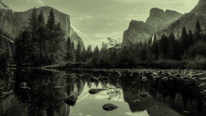 Dorsey & Whitney lake reflection slider image